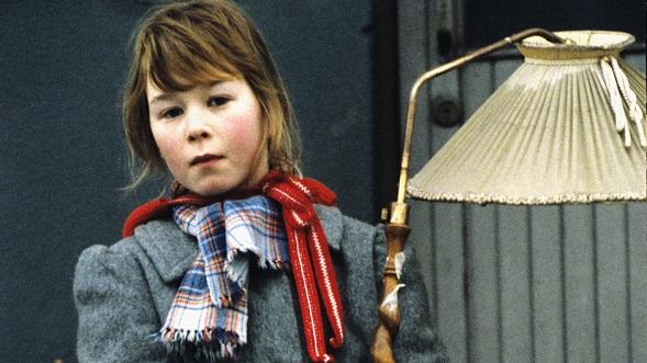 Tiina-kirjoista tehtiin suosittu tv-sarja 2000. sarjan ohjasi Marjut Komulainen ja Tiinaa esitti Juulia Salonen. Kuva Seppo Sarkkinen/Yle.
