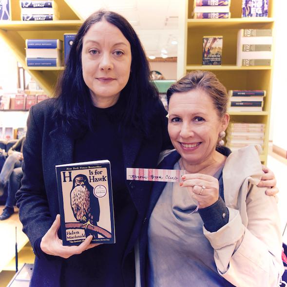 Helen Macdonald ja Kirsi Ranin toukokuussa 2016.