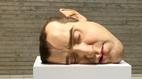 Ron Mueck: Mask II / Naamio II (2002)