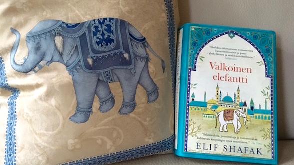 Valkoinen elefantti vie Istanbuliin