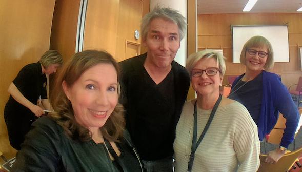 Kirsin Book Clubin joukkue perjantaina oli Kirsi Ranin, Airi Vilhunen ja Pirjo Helenius-Viitamäki.