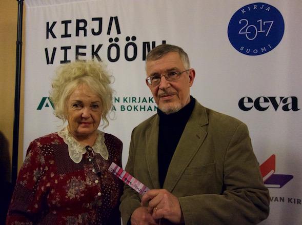 Helena ja Reijo Moilanen, Joulun Tietäjä 2016, saaputivat tilaisuuteen Jyväskylästä.
